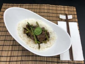 Chinese Beef and broccoli (Photo by Erich Boenzli)