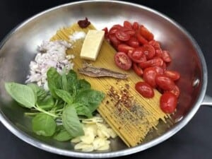 One Pot Pasta from Your Pantry and Two Fresh Ingredients - Look how pretty, nearly the Italian flag (Photo by Erich Boenzli)