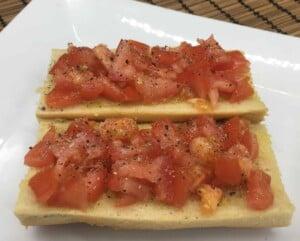 French Bread Pizza - Tomatoes, salt, & pepper (Photo by Viana Boenzli)
