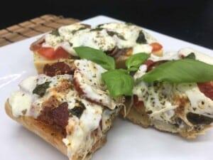 French Bread Pizza - French Bread Pizza (Photo by Viana Boenzli)