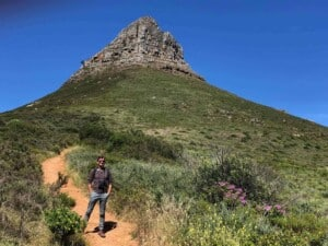Walking - Lion's Head, Cape Town (Photo by Martin Rütschi)