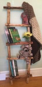 DIY Ladder - Beautiful indoor home decor (Photo by Viana Boenzli)