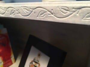 Bookcase makeover - Leafy vine detail...so pretty! (Photo by Viana Boenzli)