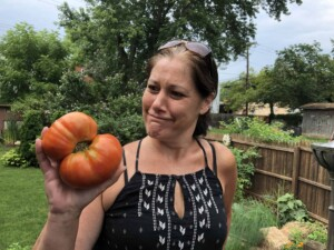 About Viana - That's one humongous tomato!
