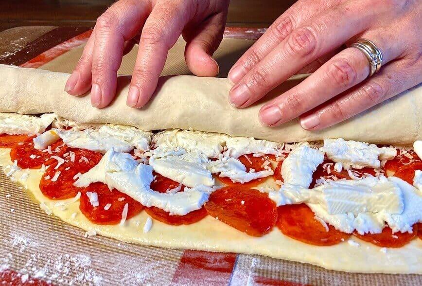 Pepperoni Roll / Pepperoni Bread (Photo by Erich Boenzli)