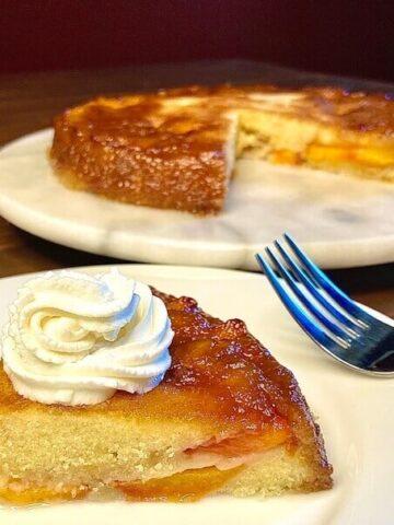 Peach Upside Down Cake (Photo by Viana Boenzli)