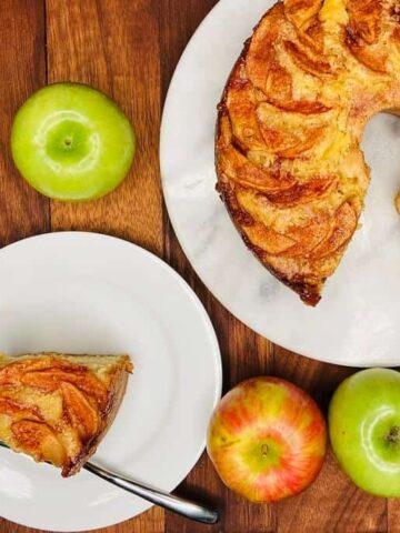 Jewish Apple Cake Recipe (Photo by Viana Boenzli)
