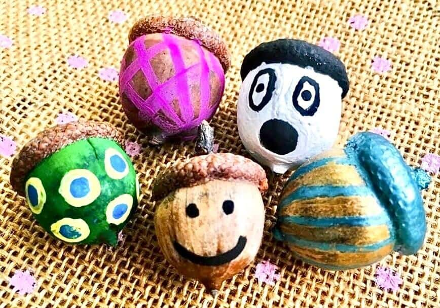 3 Fun Acorn & Pinecone Crafts - Painted Acorns (Photo by Viana Boenzli)