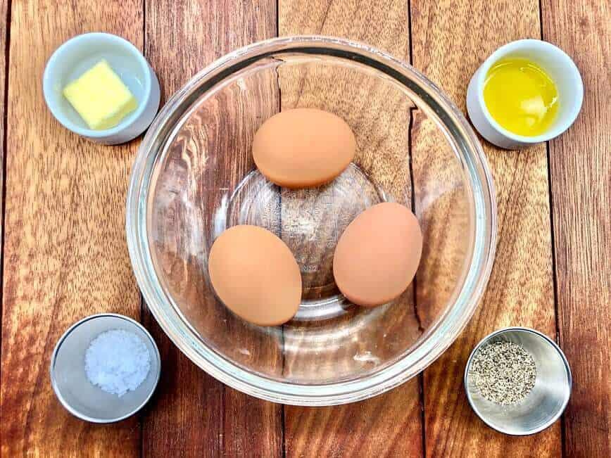 Omelette Recipe - The basic omelette (Photo by Erich Boenzli)