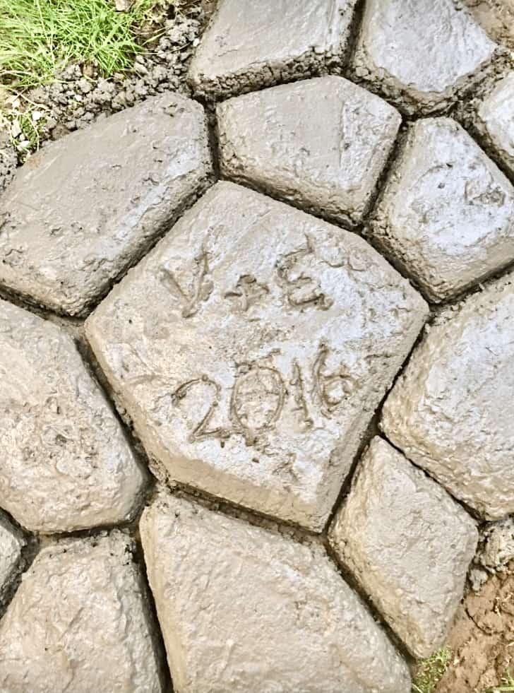 Faux Stone Path - V&E 2016 (Photo by Viana Boenzli)