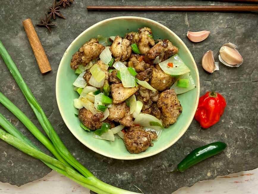 Salt and Pepper Chicken (Photo by Viana Boenzli)
