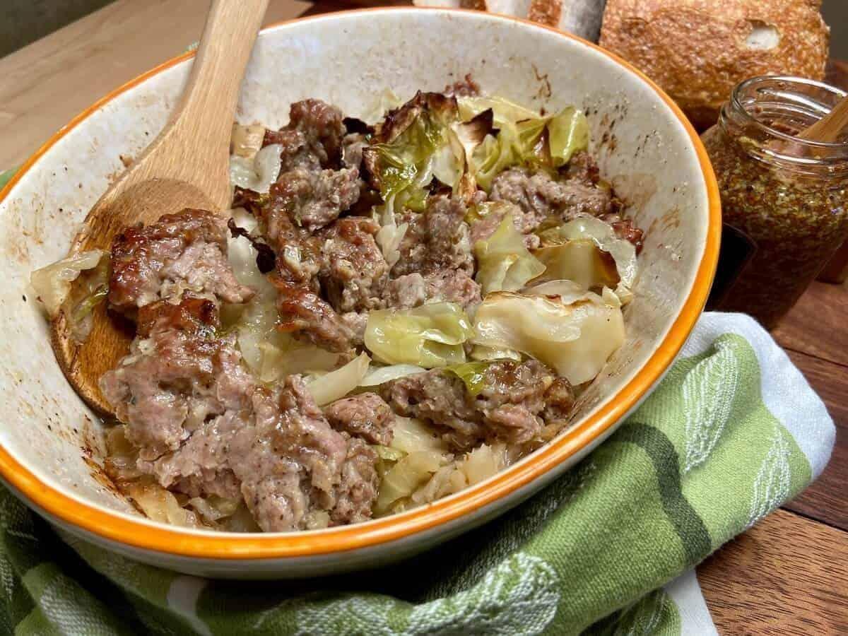 Cabbage and Sausage Casserole Recipe (Photo by Viana Boenzli)