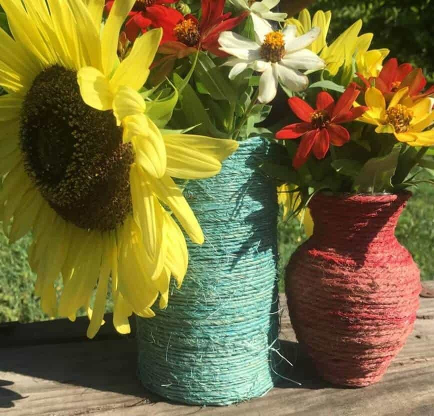 Upcycle project - Wrapped Vases (Photo by Viana Boenzli)