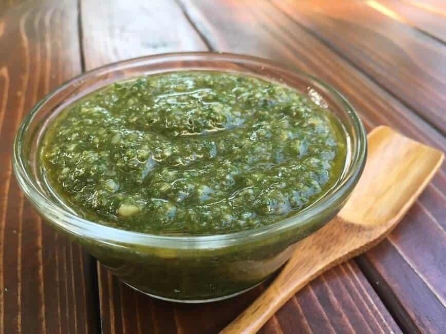 Pesto Recipe (Photo by Viana Boenzli)