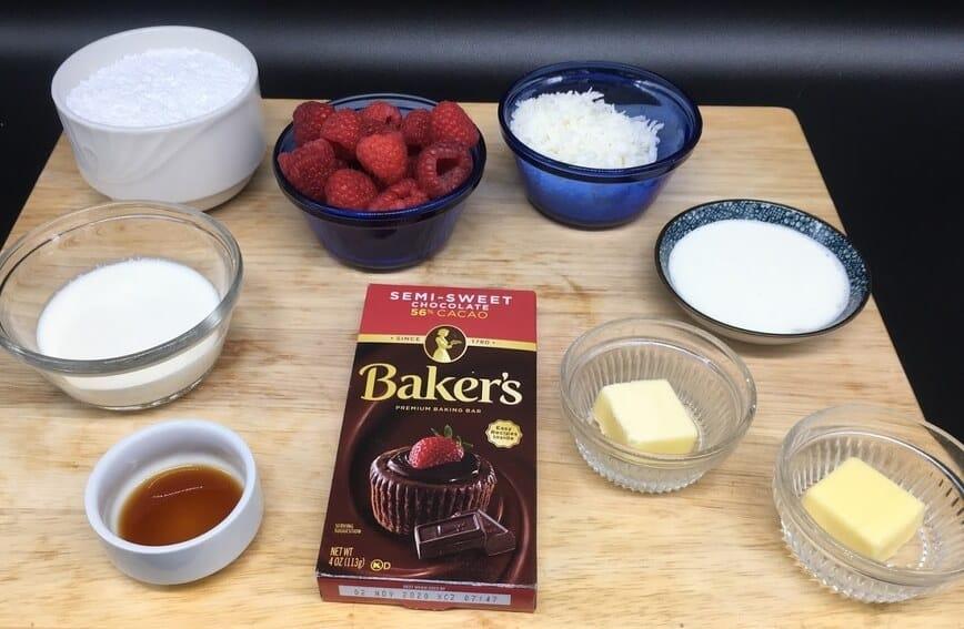 Raspberry Coconut Chocolate Truffles - Ingredients (Photo by Viana Boenzli)
