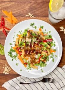 Panera Spicy Thai Salad (Photo by Viana Boenzli)
