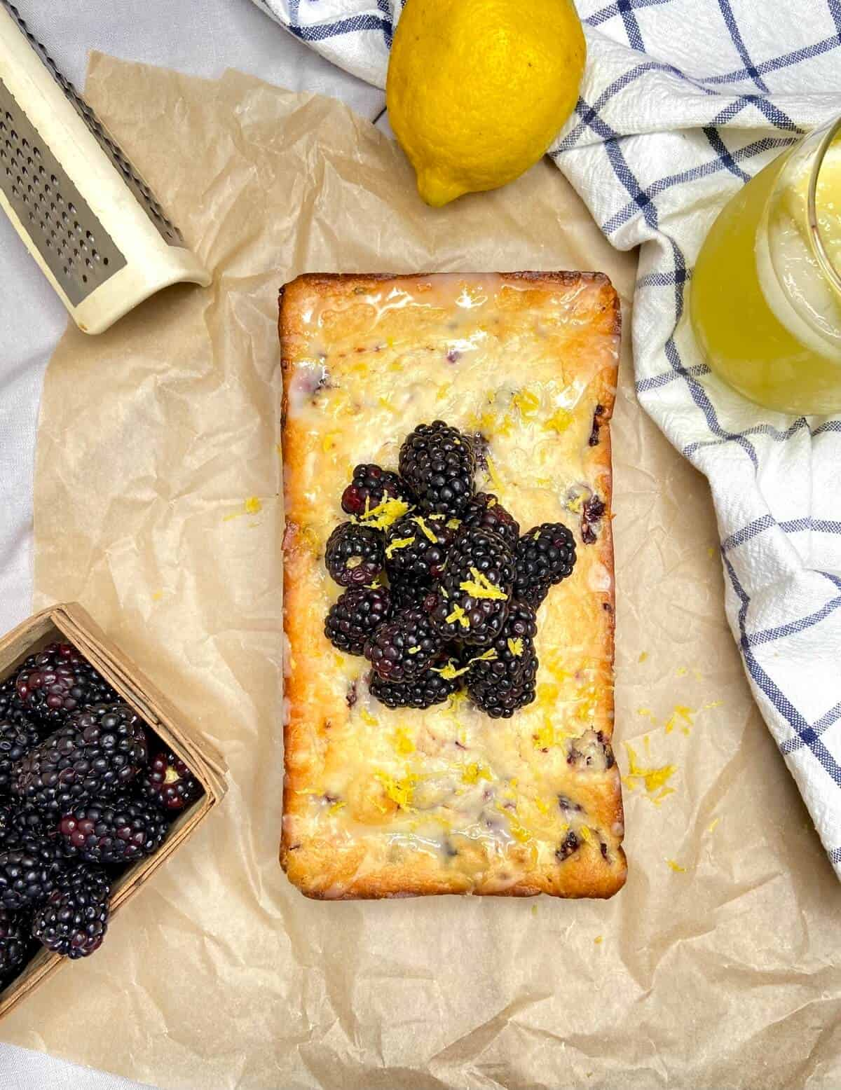 Lemon Blackberry Bread (Photo by Viana Boenzli)